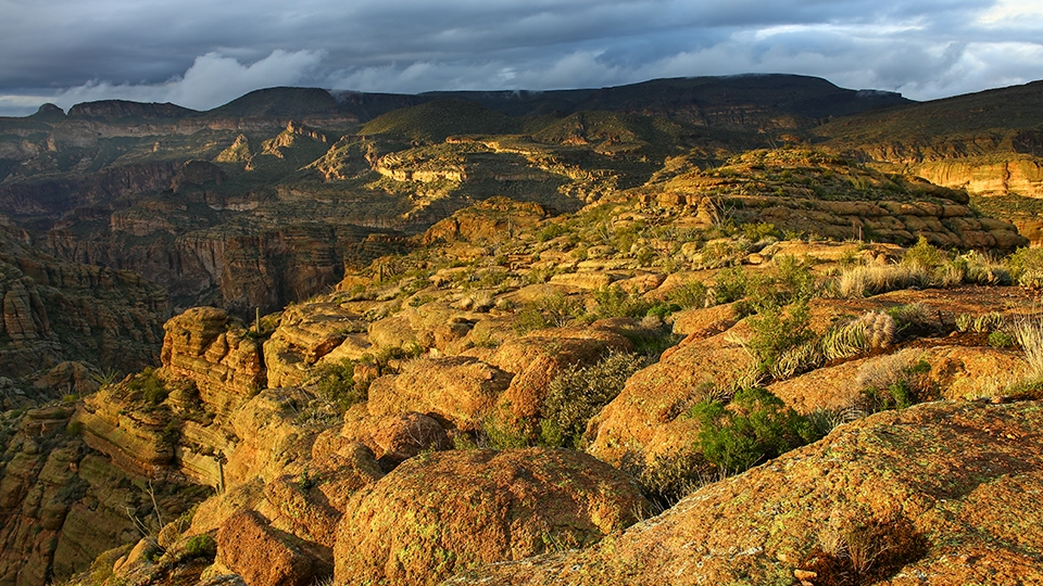 Fish Creek Vista, an overlook of a steep, foreboding canyon, is the payoff to a drive on the Apache Trail.   Eric Heaton